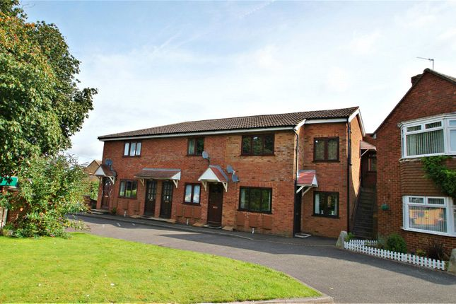 1 bed flat for sale in Oakley Court, Oakley Road, Chinnor, Oxon