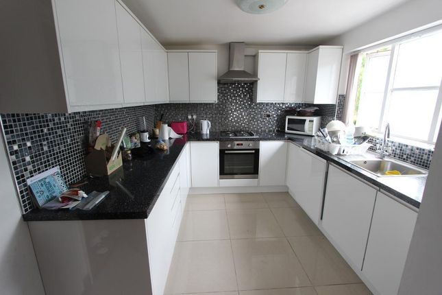 Thumbnail Terraced house to rent in Plymouth Road, London
