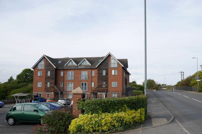 Thumbnail Flat to rent in Boughton Wharf, Boughton Road, Rugby