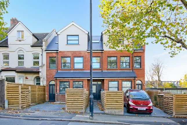 Thumbnail Flat for sale in Nowman House, Lordship Lane, London