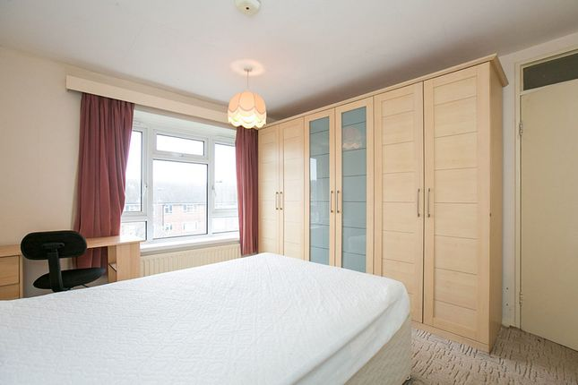 Thumbnail Flat to rent in Bexley Road, London