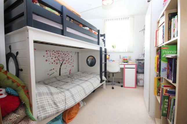 Bedroom 2 of Maxim Tower, Mercury Gardens, Romford RM1