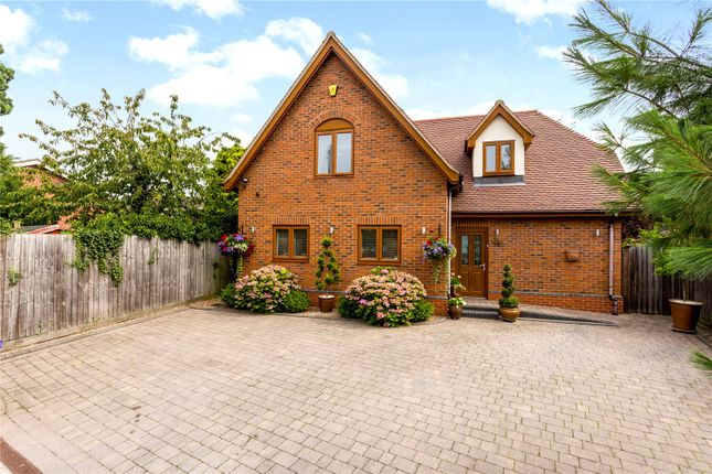 Thumbnail Detached house for sale in Broadway Road, Evesham, Worcestershire