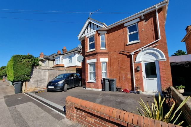 Thumbnail Flat to rent in Orcheston Road, Bournemouth