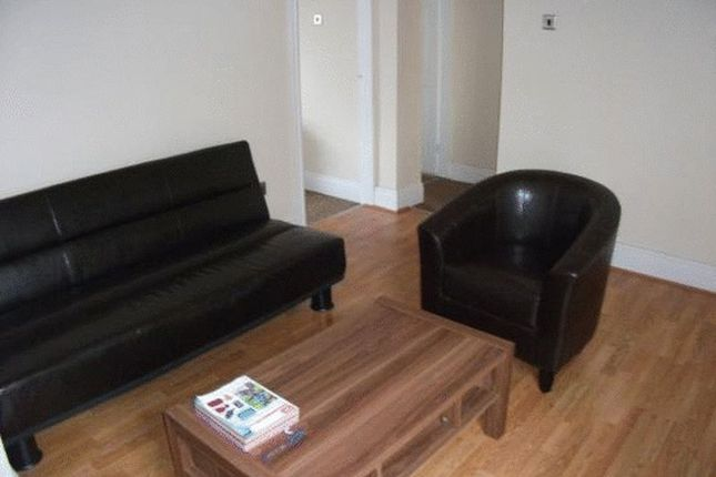 Thumbnail Flat to rent in Raddlebarn Road, Selly Oak, Birmingham