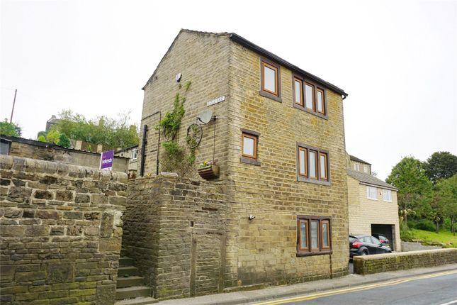 Picture No. 11 of Edge End, Denholme, Bradford, West Yorkshire BD13