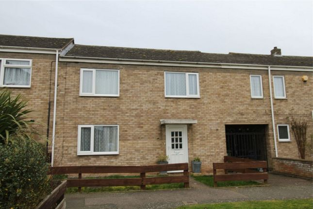 Thumbnail Terraced house to rent in Maple Drive, Huntingdon