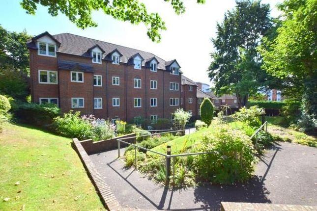 Thumbnail Flat to rent in Clockhouse Road, Farnborough