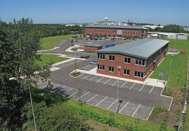 Thumbnail Office to let in Unit 3, Pioneer Business Park, North Road, Ellesmere Port, Cheshire
