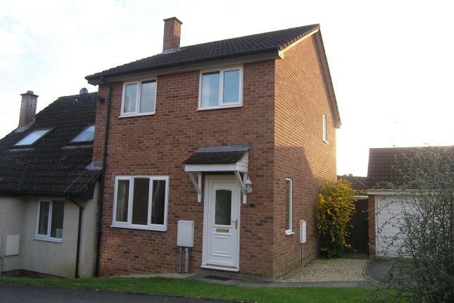 Thumbnail Property to rent in Danes Close, Pewsham, Chippenham