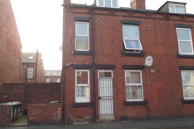 Crosby Place, Leeds LS11