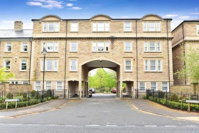Thumbnail Flat to rent in Queens Gate, Harrogate, North Yorkshire