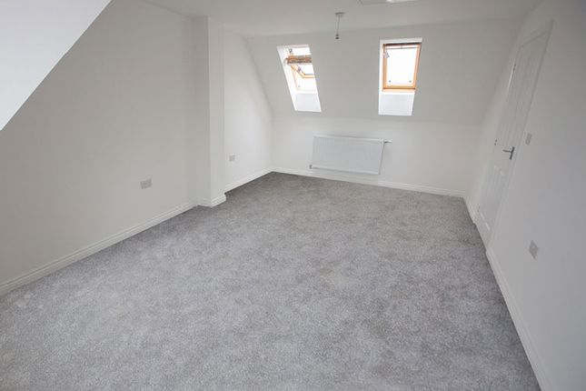 3 bedroom terraced house for sale in Le Marechal Avenue, Bursledon