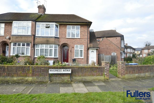 Maisonette for sale in Inverness Avenue, Enfield