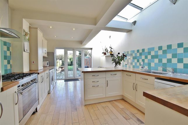 Thumbnail Property to rent in Albion Road, Hounslow