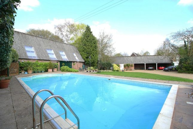 Thumbnail Country house for sale in Bell Lane, Moulton, Spalding