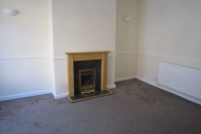 Thumbnail Terraced house for sale in Hawksworth Grove, Leeds