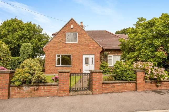 Thumbnail Bungalow for sale in Pear Tree Road, Clayton-Le-Woods, Chorley, Lancashire