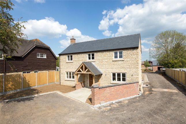 Thumbnail Country house for sale in Lydon House, Plumpton End, Paulerspury