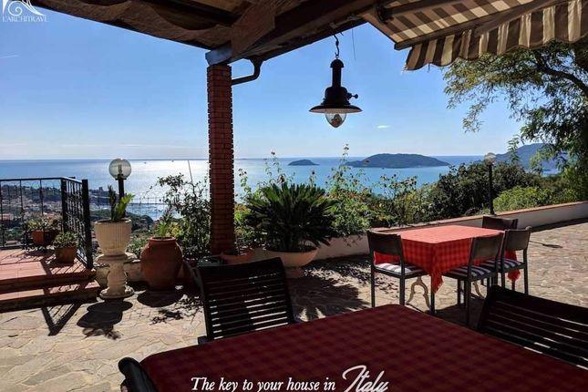 Thumbnail Villa for sale in Liguria, La Spezia, Arcola