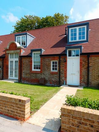 Thumbnail Terraced house to rent in 201 Upper Shoreham Road, Shoreham-By-Sea, West Sussex