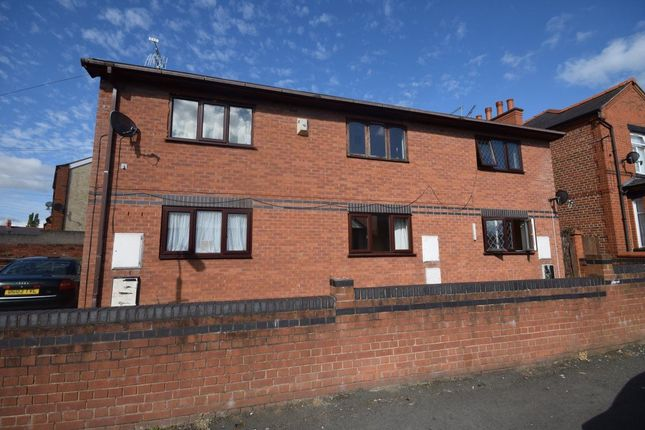 Thumbnail Property to rent in Smithfield Road, Wrexham
