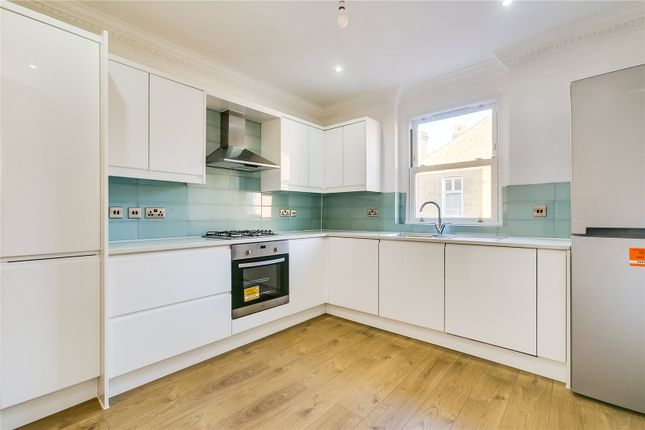 Thumbnail Flat for sale in Gaskarth Road, London