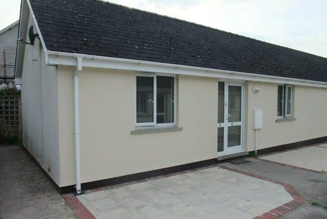 Thumbnail Semi-detached bungalow to rent in Broadway, Laugharne, Carmarthenshire