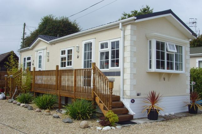 Thumbnail Mobile/park home for sale in Fernhill Park, Wootton Bridge, Ryde, Isle Of Wight, 4Qy