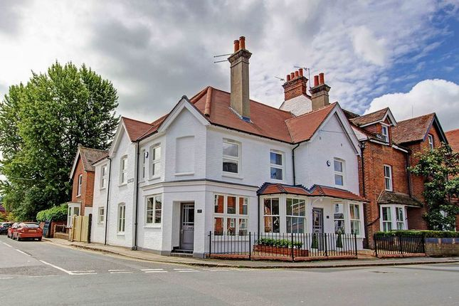 Thumbnail Property to rent in Station Road, Marlow