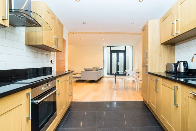 Thumbnail Property to rent in Sarum Terrace, Bow Common Lane, London