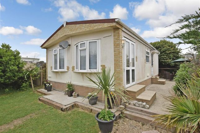 Thumbnail Mobile/park home for sale in Montalan Crescent, Selsey, Chichester, West Sussex