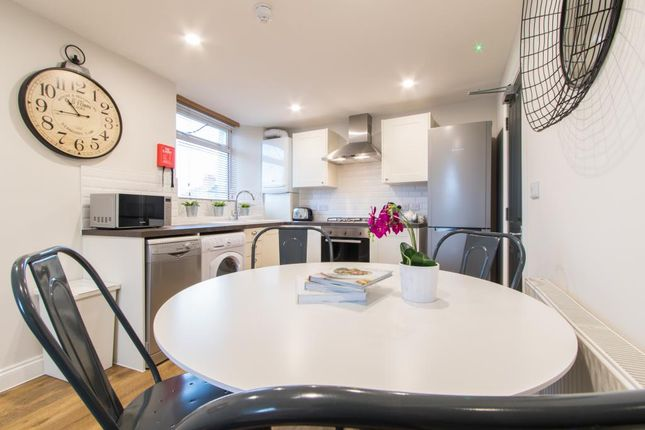 3 bed flat to rent in Camden Street, Plymouth PL4