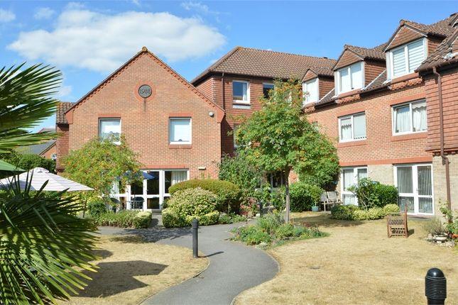 Thumbnail Flat to rent in Springfield Meadows, Weybridge, Surrey