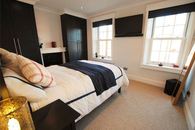 Bedroom 1 of Spencer Street, Cathays, Cardiff CF24