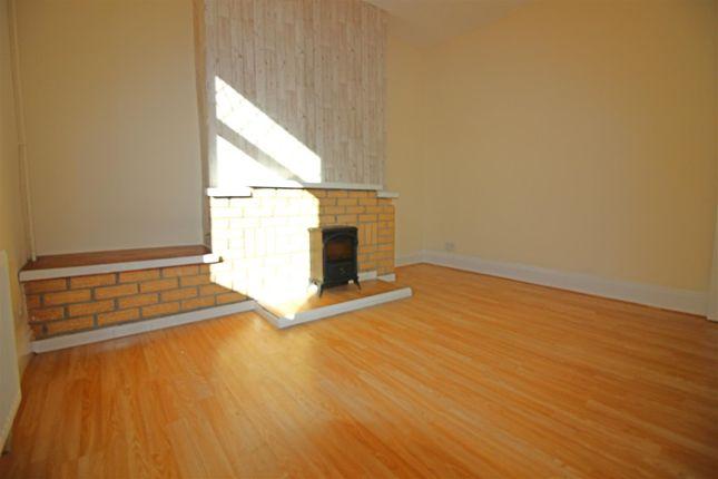 3 bed property to rent in Johnson Street, Eldon Lane, Bishop Auckland DL14