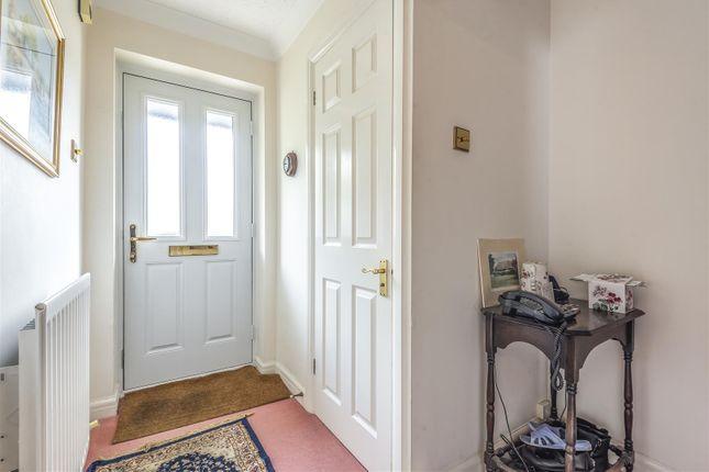 597650 (2) of Thornleas Place, East Horsley, Leatherhead KT24