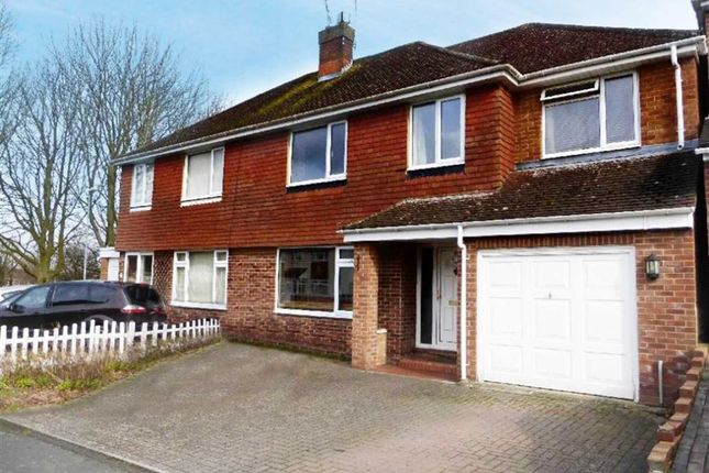 Thumbnail Semi-detached house to rent in Buckingham Road, Swindon, Wiltshire