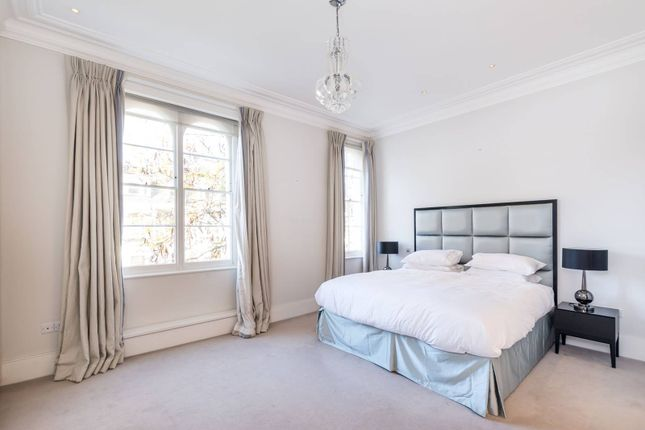 Thumbnail Property to rent in Earls Court Gardens, Earls Court