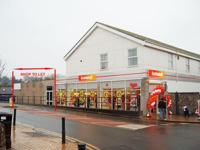 Thumbnail Retail premises to let in Unit Adjacent To Iceland, Bridge Street, Llangefni LL77, Llangefni,