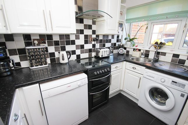 Thumbnail Terraced house for sale in Brewers Field, Dartford