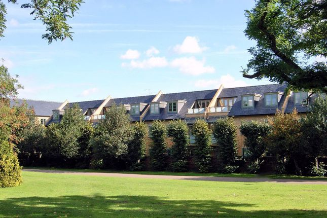 2 bed flat to rent in Starlings Bridge, Nightingale Road, Hitchin SG5