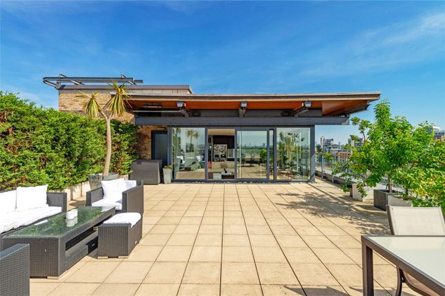 Thumbnail Flat for sale in Branch Road, London