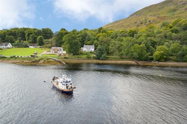 Picture No. 20 of The Moorings, Camusnagaul, Fort William, Highland PH33