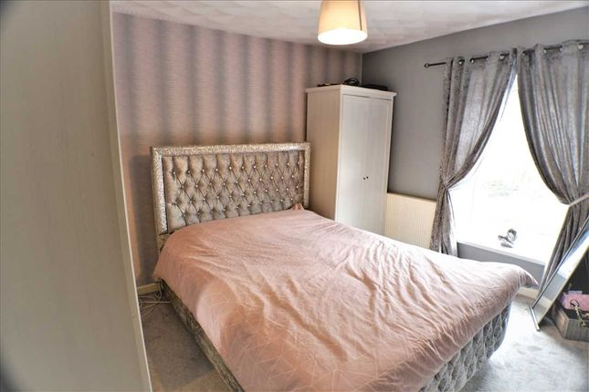 Bedroom 1 of The Avenue, Pontygwaith, Ferndale CF43