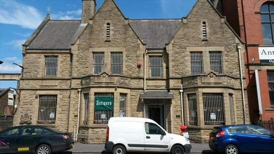 Serviced office to let in Stockport Road, Levenshulme, Manchester
