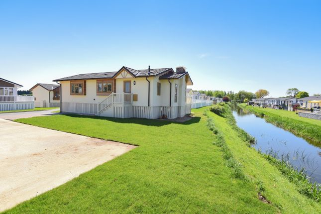 Thumbnail Bungalow for sale in Waters View, Yarwell