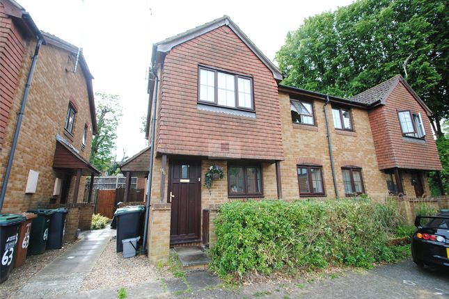 Thumbnail Maisonette to rent in Tylersfield, Abbots Langley