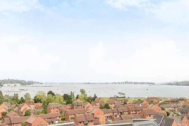 3 bed flat for sale in Avenel Way, Poole