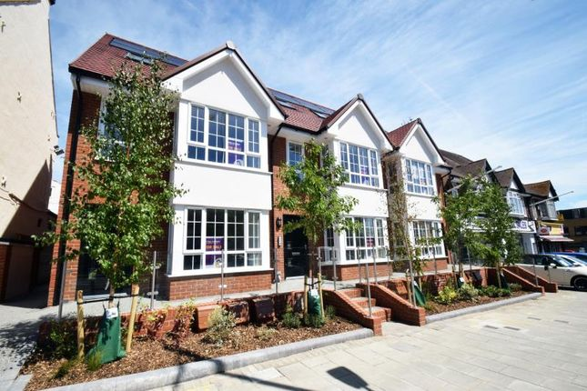 Thumbnail Flat for sale in 1771 London Road, Leigh On Sea, Essex
